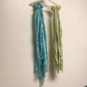 Pair of scarves